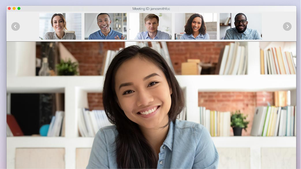 Close up of 6 participants talking with video conferencing